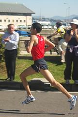 El Ganador 2 (Tartarugo) Tags: espaa primavera real la spain pentax abril galicia domingo carrera 2010 baiona bayona atletismo tartarugo vigbay k200d mediomaratn sldvigbay2010