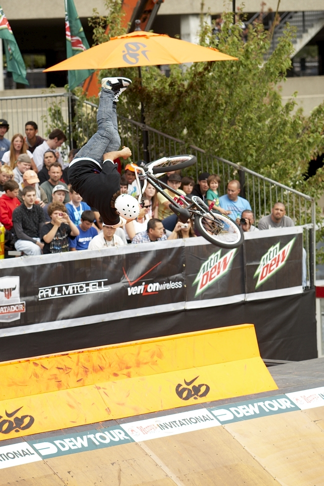 Drew Bezanson Wins JoMo Pro | Alli Sports - Skateboarding