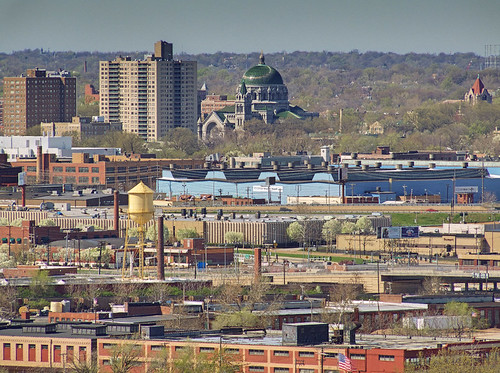 Compton Hill Water Tower, in Saint Louis, Missouri, USA - view of the Cathedral Basilica of Saint Louis