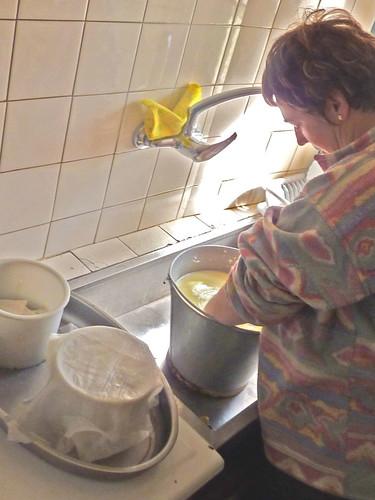 4541367934 bb81356d2a - Home-made Basque cheese