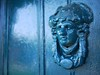 Blue knocker