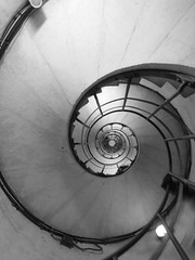 The Arc (ellieparker1) Tags: paris stairs arcdetriomphe spiralstaircase