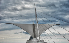 Architectural wings open in Milwaukee over lake Michigan (Milwaukee Art Museum) - Traveling (Mister Joe) Tags: city sky sculpture birds wisconsin clouds boat wings nikon downtown steel joe lakemichigan milwaukeeartmuseum milwaukee beams hdr eerosaarinen santiagocalatrava lakefront amazingarchitecture davidkahler movingarchitecture