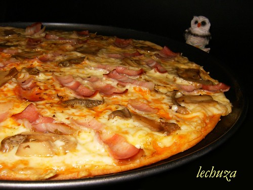 Pizza bacon y champis-detalle.