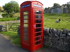 Phone Booth (JaviC) Tags: uk inglaterra red england public booth rojo phone district sheffield peak payphone telfono cabina pblico telefono roja reino telefonos undo publico telfonos inglesa llamar