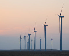 wind turbines, Beaumont KS (by: Brent Danley, creative commons license)