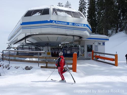 Skilehrerin am Kreuzwankl Skiexpress