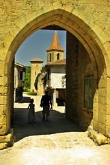 Passe-Muraille (Le Monolecte) Tags: door village stones porte pierres
