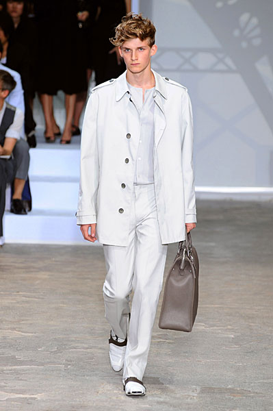 Charlie Westerberg3043_SS09_LOUIS VUITTON(mh)