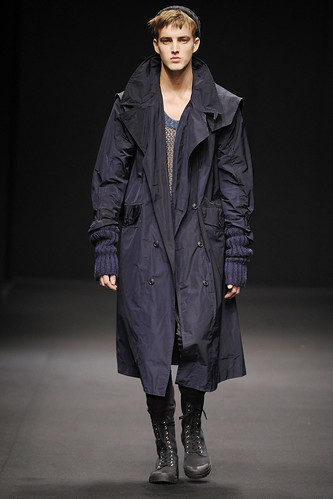 James Smith3083_FW10_Topman Design(GQ.com)