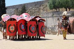 Formaci en Tortuga o Testudo (a les Muralles de Tarraco) (Quantum of Light) Tags: turtle tortuga romanempire tarragona legion tarraco testudo imperioromano tarracoviva legioviigemina tarracoviva2010