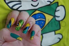 (EXPLORED) Em clima de Copa (Rubia Olivo ~ Nail Art) Tags: verde azul glitter amarelo copa nailart trao purpurina espanhola bandeirabrasil unhacopa decoraodeunha decoraobrasil