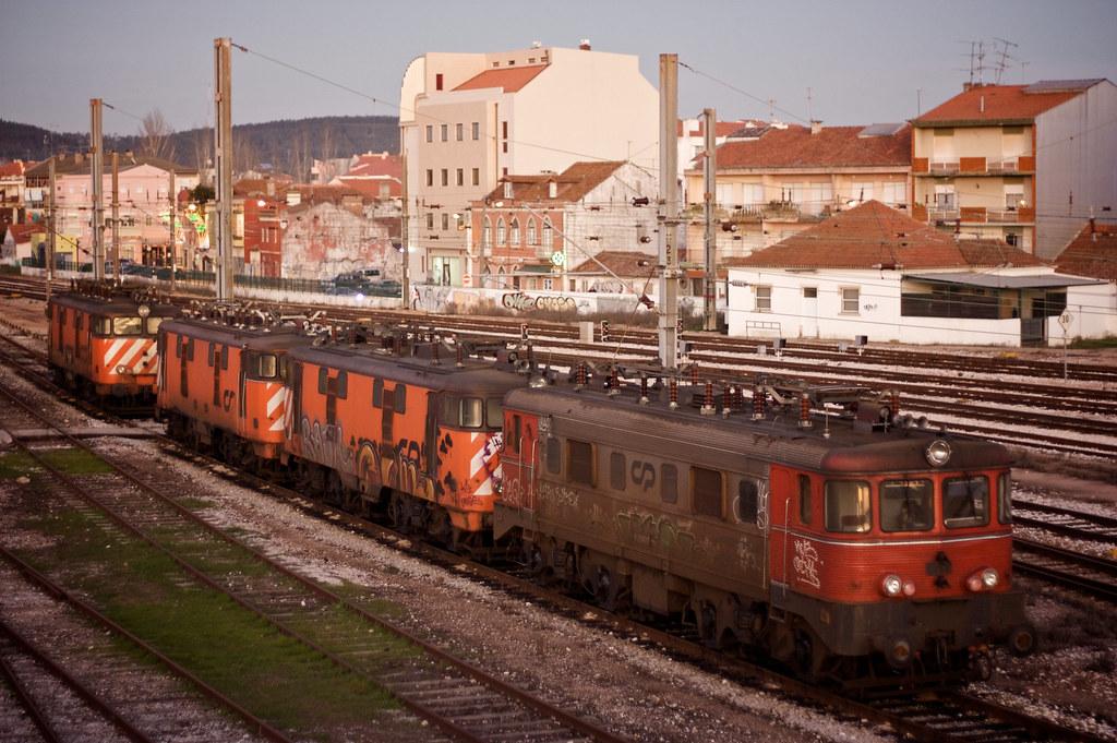 Locomotivas 2500 e 2550, Estação do Entroncamento, 2008.12.20