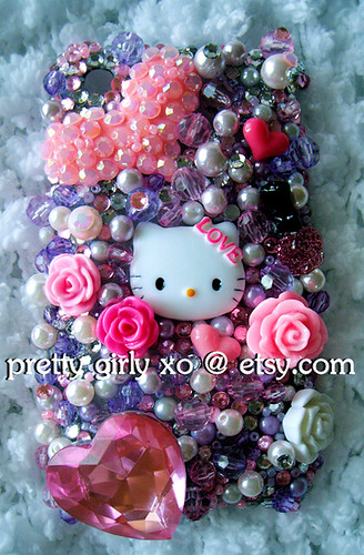 This Hello Kitty iPhone 3G/3Gs