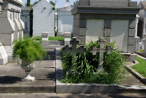 Metairie Cemetery, New Orleans (Set)