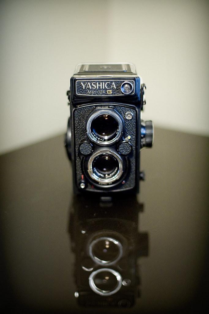 Yashica Mat 124-G