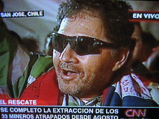 Foto rescate Luis Urzúa alegría