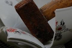 Frustrated (Elly Snel) Tags: hammer pottery hamer fragments scherven aardewerk