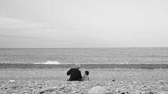 (zx1355566) Tags: 台灣 花蓮 街拍 單色 黑白 海 家 台湾 暖 黒と白 戶外 人 taiwan hualien people warm sea bnw black white love