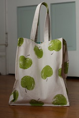 Grocery Tote (green ink) Tags: