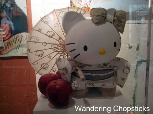 Royal T (Three Apples - An Exhibition Celebrating 35 Years of Hello Kitty and In Bed Together - Art & Bites from Ludo Lefebvre) - Culver City 21