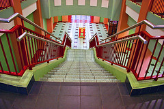 ESCALERA SIMETRICA (SYMMETRIC STAIRS) (SamyColor) Tags: barcelona madrid california africa nyc newyorkcity uk red espaa usa building art portugal stairs rojo widescreen australia escalera explore linux vista 365 1914 colori soe breathtaking visualart waw handlebars tgi 1952 kfog ibo juliebenz anzacday hss myfest ggt alevel supershot iniesta peteturner aliwan toseland abigfave superbmasterpiece diamondclassphotographer flickrdiamond hppt designface fridaydesignface samycolor
