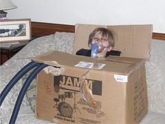 nebulization in a box 1 (Teckelcar) Tags: kids fun box cf nebulization