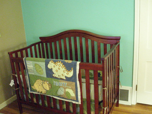 Dino crib