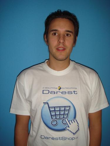 T-Shirt von Darest
