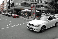 Mercedes C63 AMG & Ferrari 308 (PHG photography) Tags: street city red 2 white beautiful car sport speed germany tomato mercedes restaurant nice stuttgart strasse air south parking bad style ferrari mercedesbenz oldtimer audi oldie v8 aero amg 308 bhm vfb calwer c63 stuggi calwereck killesberg911