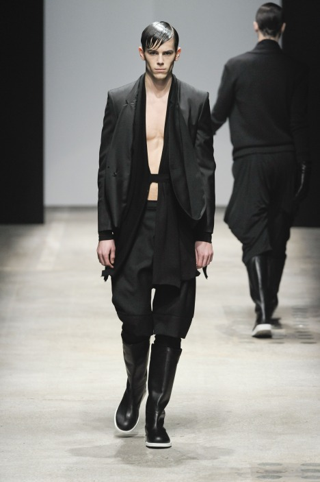Jeremy Young3168_FW10_Paris_Songzio(lizzylily@mh)