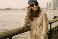 hey there, (*alicja*) Tags: park nyc portrait water girl hat sunglasses self river tripod batterypark eastriver remote 50mmf18 alicja nikond40x