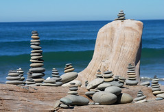 Yet more stacks... 20070813_6893 (listorama) Tags: ocean art washington rocks waves hiking stones olympicpeninsula hike driftwood pacificocean cropped olympicnationalpark 1000 lapush lightroom rialtobeach wa2007aug