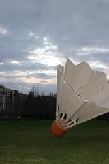 (smellycatsmells) Tags: sky sculpture art museum clouds lawn kansascity missouri nelsonatkins shuttlecock