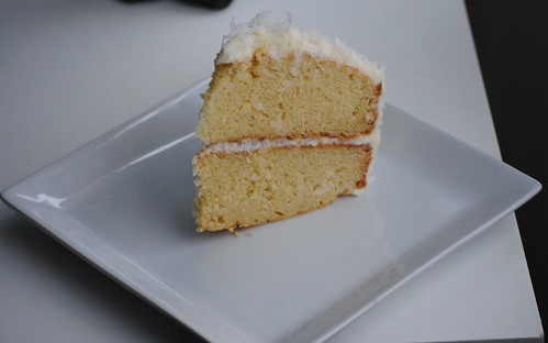 barefoot-contessa-coconut-cake (19)