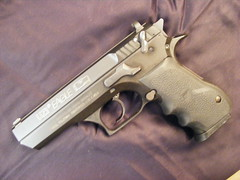 Baby Eagle 40 S&W (weaponeer) Tags: