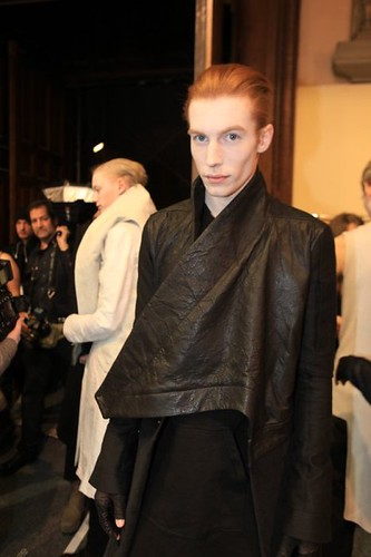 Bastien Bonizec3028_FW10_Paris_Rick Owens BS(Dazed Digital)