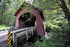 North Fork Yachats Covered Bridge (uGoTours) Tags: bridge oregon roadtrip covered coveredbridges oregoncoveredbridges coveredbridgesinoregon oregonscenicdrive oregonplacesofinterest drivesandroadtrips