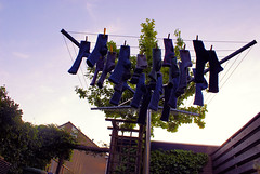 socks (Hindrik S) Tags: blue sky socks clouds garden was hands sock hand sony mother line laundry lucht friesland kleur sok lijn sokken a300 frysln wask sonyalpha 300 alpha300 sonyphotographing
