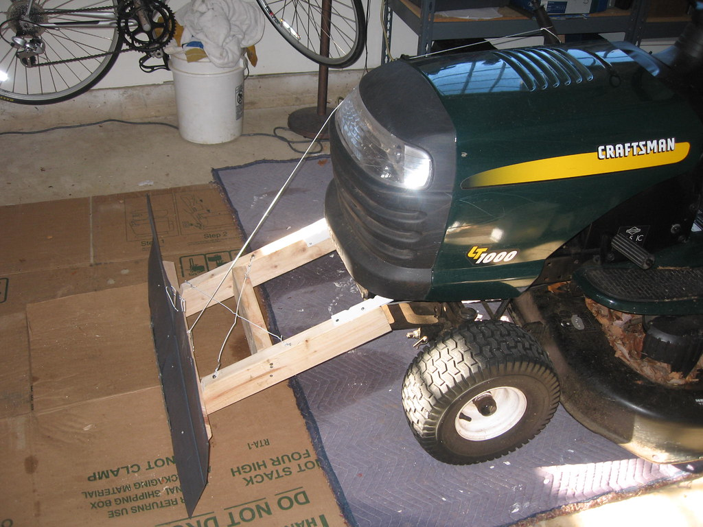 John Deere Ride On Toys Webnuggetz besides Pulling moreover Wiring Diagram For A John Deere 110 also Bubble Lawn Mower Lawn Mowers Tractors  pare Prices Read in addition John Deere 318 Loader. on john deere tractor riding toys