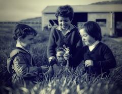 [フリー画像] [人物写真] [子供ポートレイト] [外国の子供] [モノクロ写真]       [フリー素材]