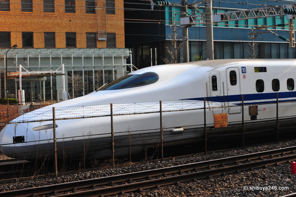 Shinkansen 700 series heading to Tokyo Station. Very sleek long nose cone.