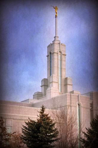 Mount timpanogos Temple from Northeast corner texture