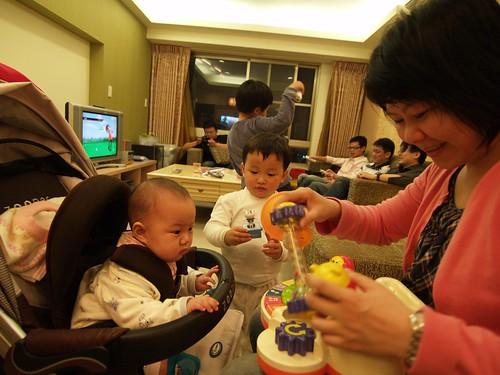 劉小妹玩玩具