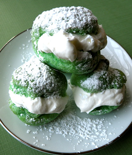Recipe: St. Patrick's Day Cream Puffs blog image 1