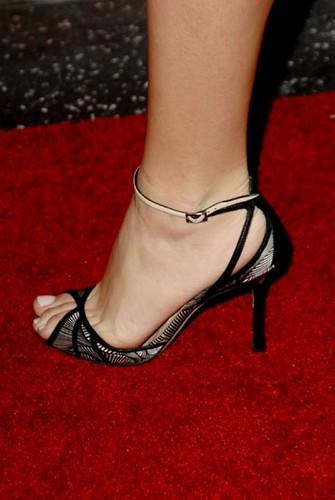 Blake Lively feet (3)