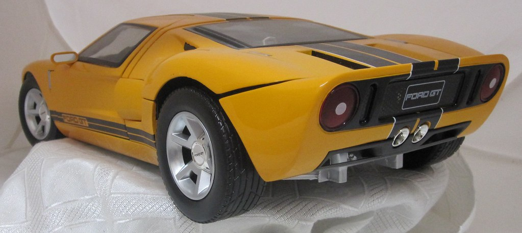 2005 Ford GT rear left