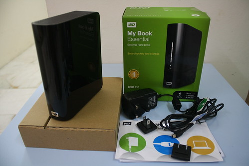 4527198413 e21b34477a Unboxing Western Digital My Book Essential 1TB