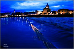 Arno by night (andzer) Tags: italy night river nikon scout andreas explore firenze arno scape 2010 d300 zervas andzer wwwandzergr