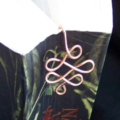 Copper wire twist bookmark 1